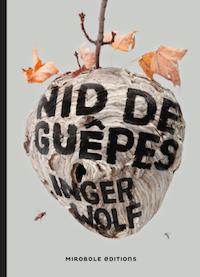 nid-de-guepes-inger-wolf